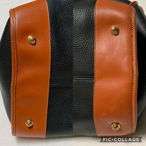 Dooney & Bourke Bags - Vintage Dooney & Bourke Leather Large Duffle